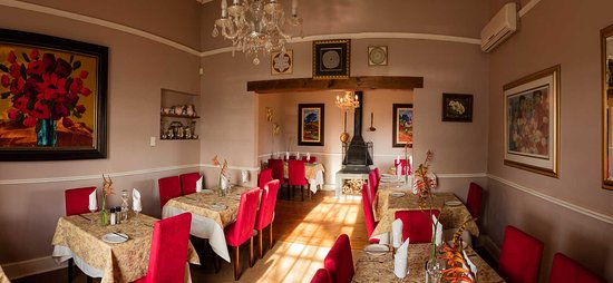 Riebeek-West, Sudáfrica: Two dinning rooms.