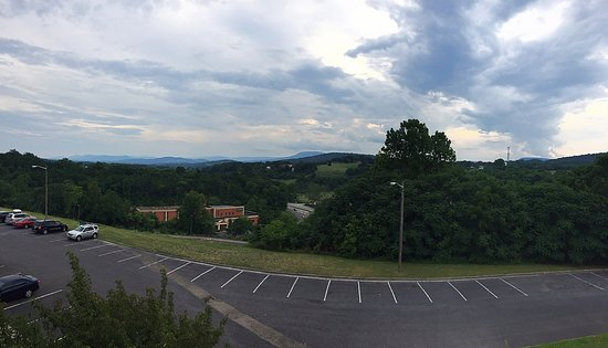 Lexington, VA: View to outdoor moutains from parking lot.
