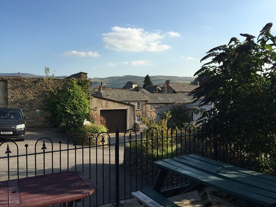 Howgills Guest House & Apartments: photo0.jpg