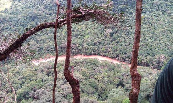Prudentopolis: Vista do topo do salto