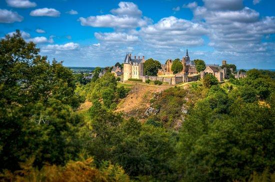 Chateau de Sainte-Suzanne