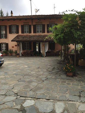 Diano d'Alba, إيطاليا: photo2.jpg