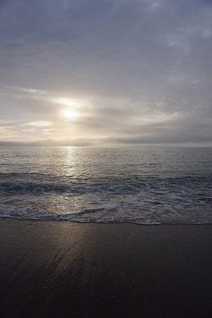 Dingwall, Canadá: Beach at sunrise.
