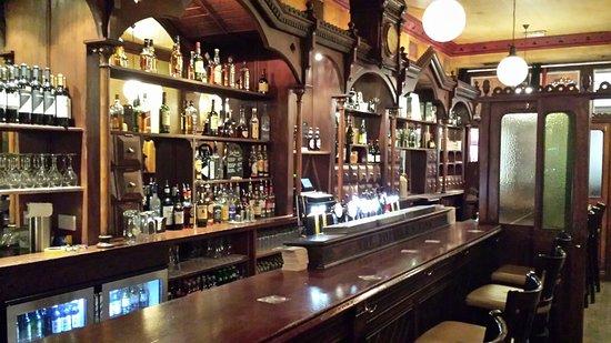 Rathgar, Irlanda: The Bottlers Bank