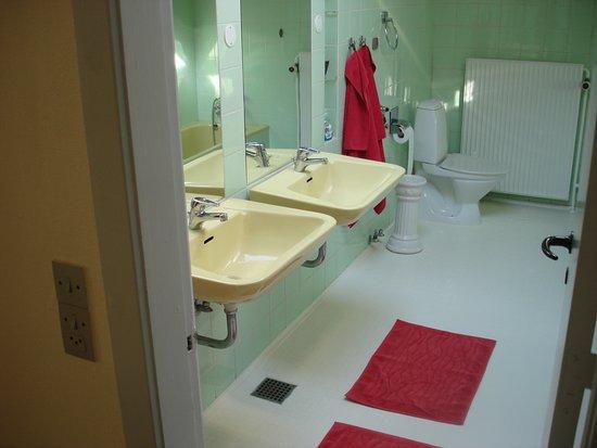 Haderslev, Dinamarca: stort badeværelse