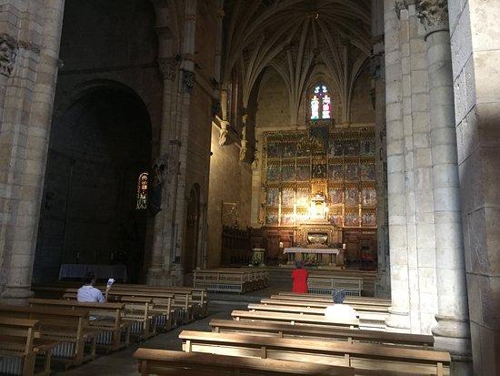 Museo Panteon San Isidoro de Leon : Altar