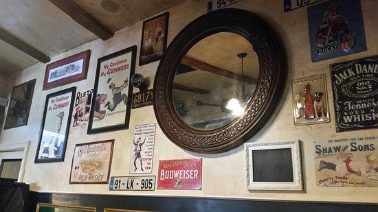 Garryowen Irish Pub: 20160822_143326_large.jpg