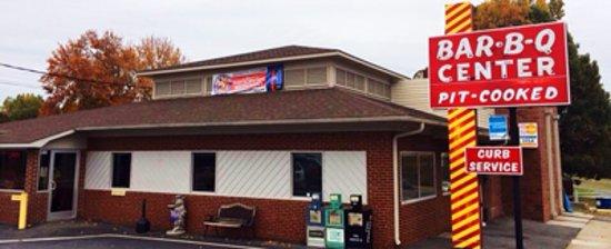 Λέξινγκτον, Βόρεια Καρολίνα: The Barbecue Center Since 1955