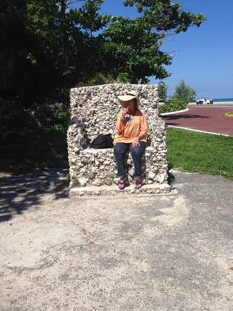New Providence Island: My client enjoying this Royal chair just outside of the caves,she didn't want to go in.