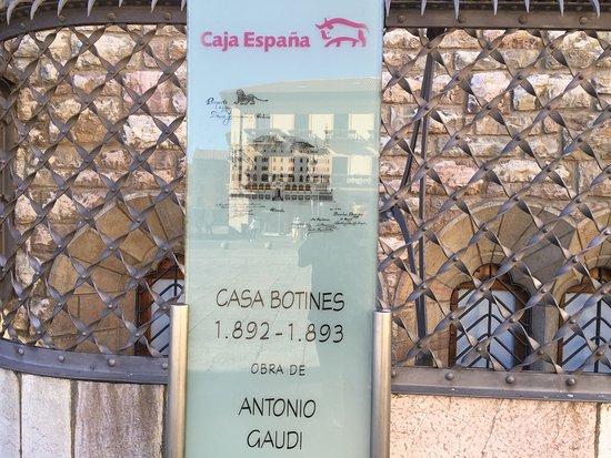 Casa Botines: Detalle