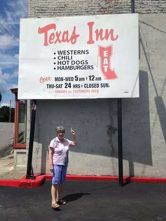 Texas Inn: 47 years of eating pleasure