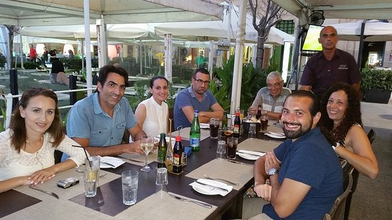 Browns Kitchen : Dinner with my family on Friday night at BROWNS, Valletta Waterfront. Alfed served us greatly :-