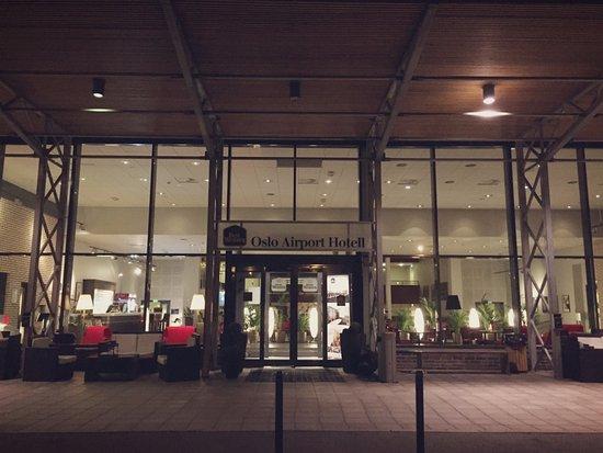 Gardermoen, Noruega: entrance