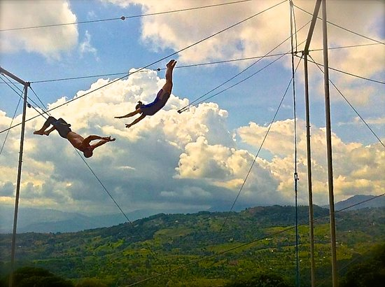 Dominical, Κόστα Ρίκα: Flying trapeze fun!