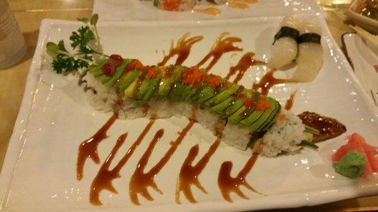 Hazumi Sushi Bar: 20160821_200503_large.jpg