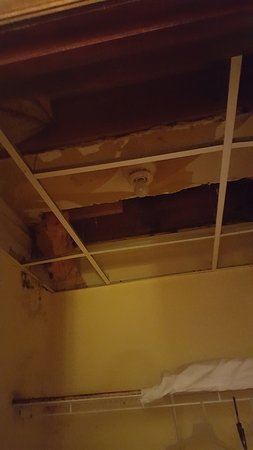 Barryville, NY: Ceiling of closet