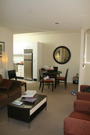 Wentworth Falls, Australien: Dining & full kitchen area