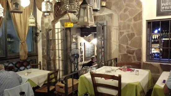 San Martino al Cimino, Włochy: IMG_20160822_212707_large.jpg