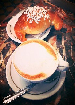Caffè e Antica Pasticceria degli Svizzeri