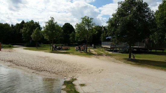 Piratenspielplatz am LGA Gelande: 20160822_134843_large.jpg