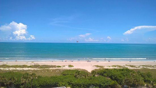 Canaveral Towers Condominiums : beachfront view