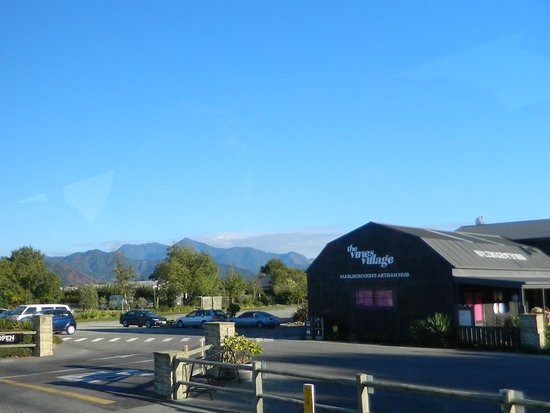 Blenheim, Nieuw-Zeeland: The Vines Village