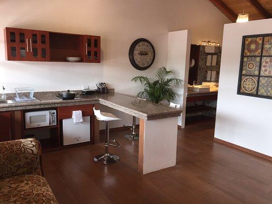 Hacienda- Hosteria Chorlavi: COCINA VILLA