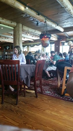 Meredith, NH: Lakehouse Grille