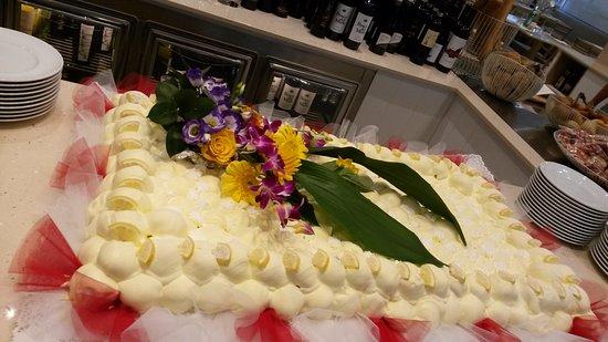 Hotel Gardenia: Torta (ottima) di ferragosto