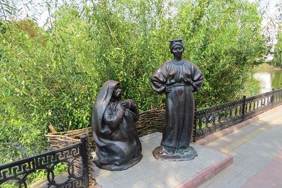 Myrhorod, Ukraine: Солоха умела причаровать к себе.