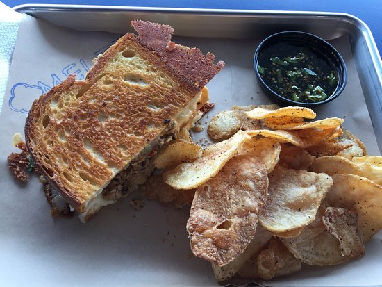 Meltz Extreme Grilled Cheese: photo1.jpg