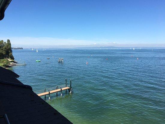 Horn, Svizzera: Aussicht vom Zimmer auf See und Badesteg