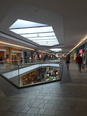 ‪Cataraqui Centre‬