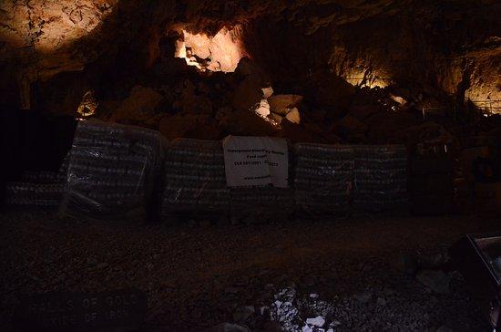 Peach Springs, AZ: underground storage