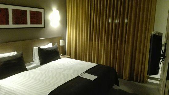 Adina Apartment Hotel Berlin Hauptbahnhof: IMG_20160815_223014_large.jpg