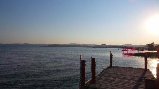 Nice, كاليفورنيا: View from the dock