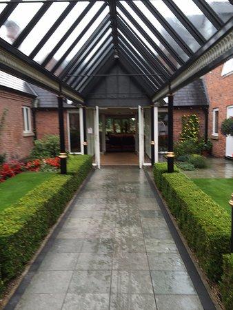Worsley, UK: Reception