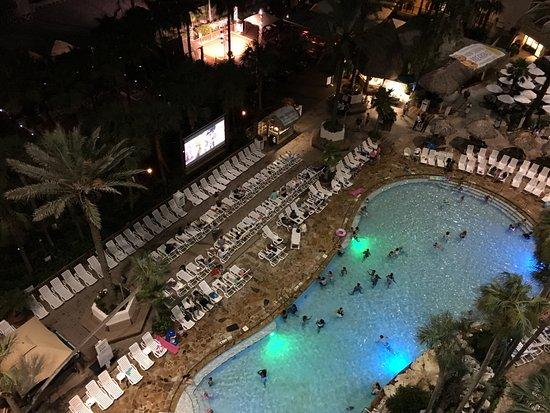 Holiday Inn Resort Panama City Beach Outdoor Movie For The Kids Family Every Night