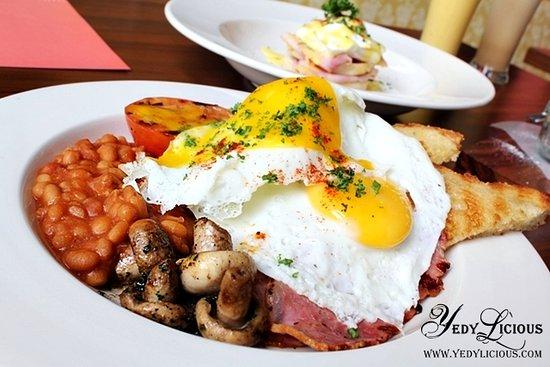 Lone Star Hotel : Free hot breakfast