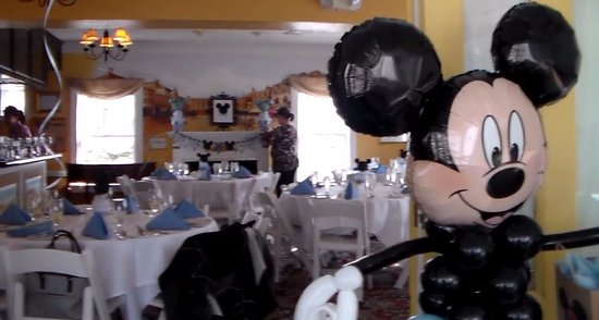 Attleboro, MA: Setting up decorations for baby shower