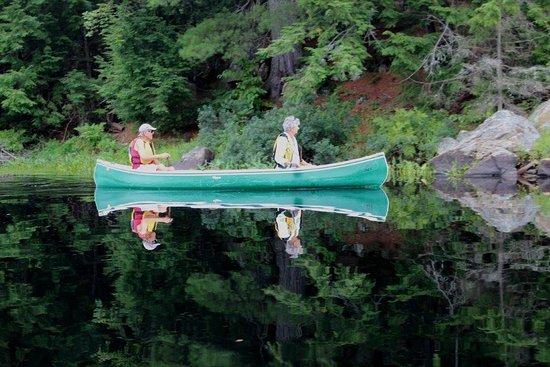 Haliburton, Canada: Peaceful, clear waters