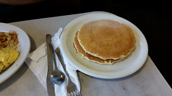 Greenwood, Indiana: the pancakes that come as a side with the omelette