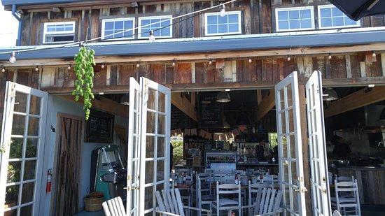 Popular Indoor / outdoor seating. - Picture of The Barn, Half Moon Bay  CJ14