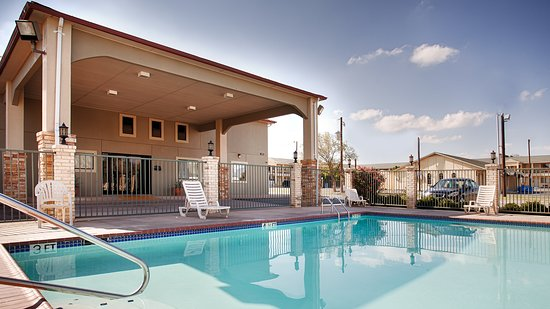 Snyder, TX: Outdoor Pool