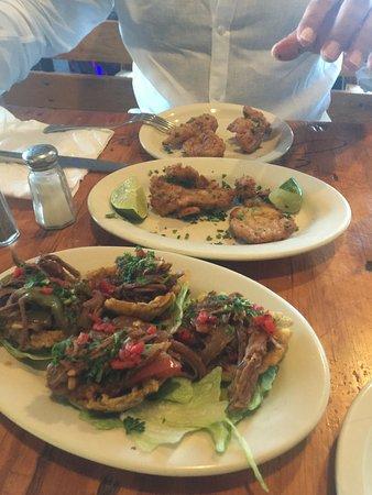 Gusto Cuban Cafe: Bacalaitos and tostones rellenos!