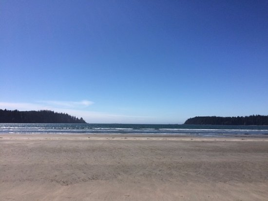 Pachena Bay Campground: Wide open beach!