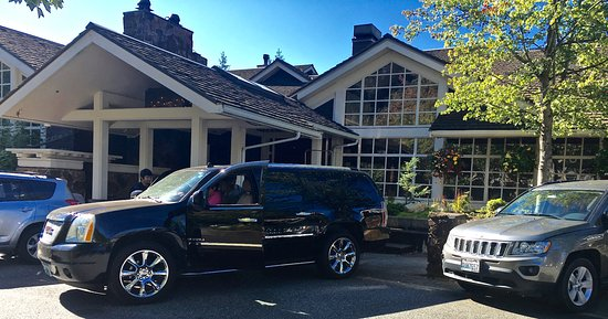 Snoqualmie, WA: Valet parking is included