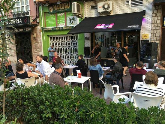 Local Con Las Mejores Terrazas Del Centro Picture Of El