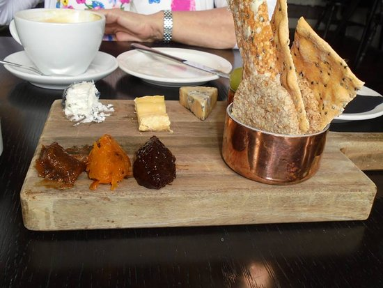Comber, UK: Cheeseboard with a selection of crispbreads and chutneys.