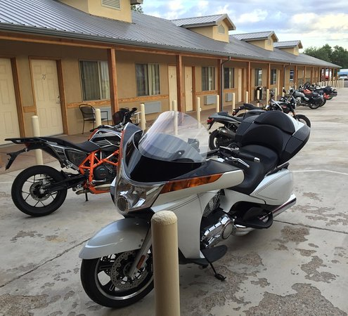 Quemado, Нью-Мексико: We were attending a motorcycle rally in Datil, NM